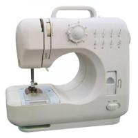 Маленькая швейная машинка с зигзагом